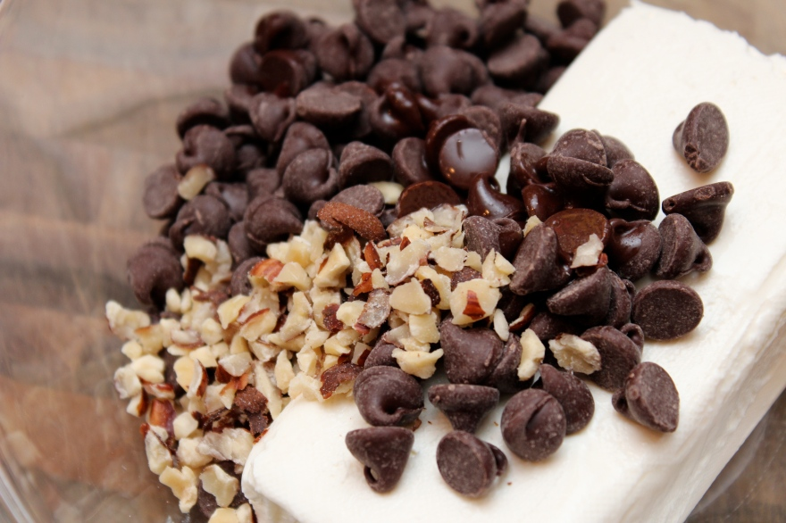 Chocolate Cream Cheese Crescent Rolls