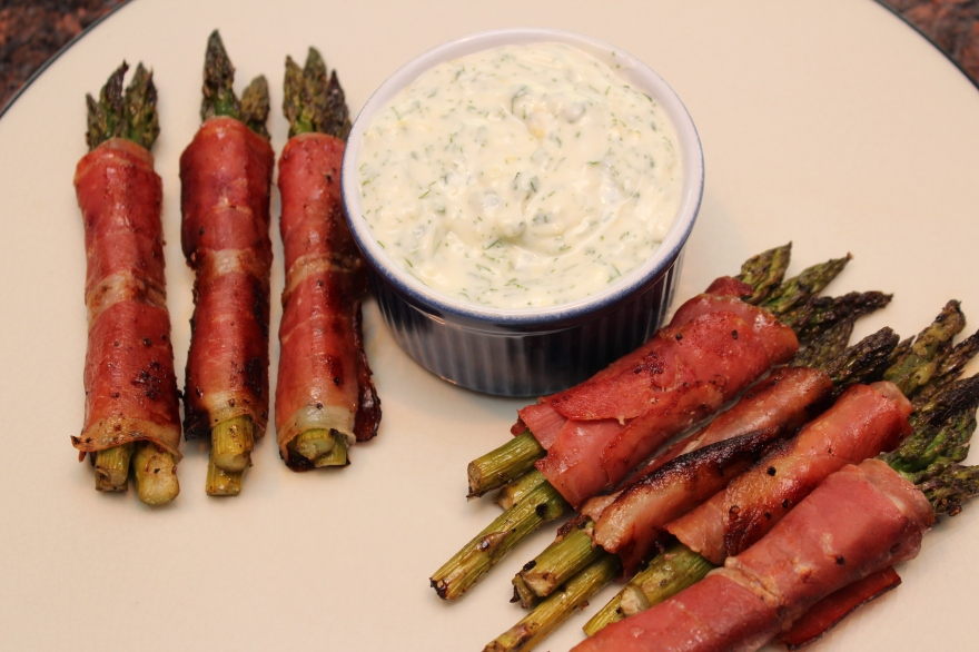 Prosciutto Wrapped Asparagus with Lemon Dill Dipping Sauce