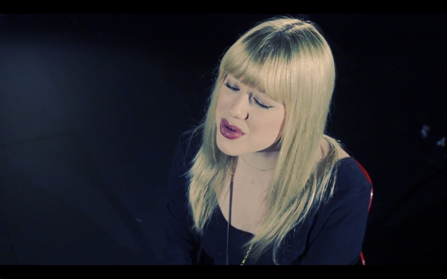 Sarah Sellers - The Way You Love Me (Acoustic)